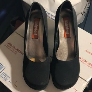 Unlisted Shoes - Unlisted by Kenneth Cole Mary Jane Block Heels 👠